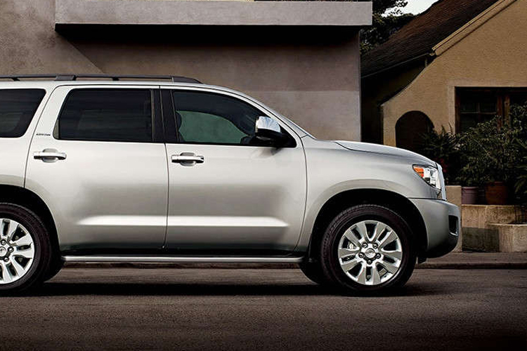 toyota sequoia sequoia for sale reviews specs pricing. Black Bedroom Furniture Sets. Home Design Ideas